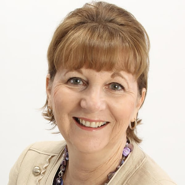 Debra Raybern Headshot